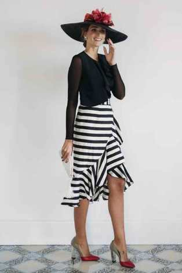 80e063427e34 Tipos de telas utilizadas para confeccionar vestidos de...