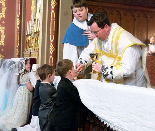 e3d352677 Vestuario ideal para asistir a una comunión