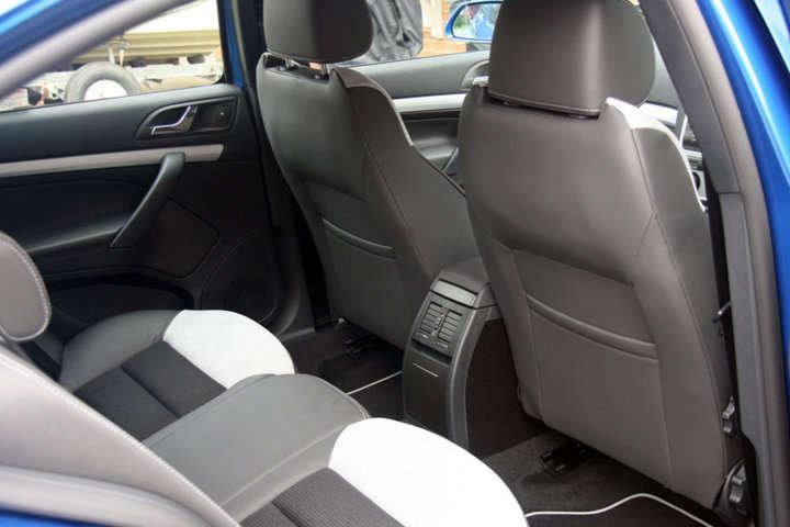 Descargar 1024x1024 Coches Vehículos Automóviles: Cómo Entrar Y Salir Del Coche -automóvil- Y Otros