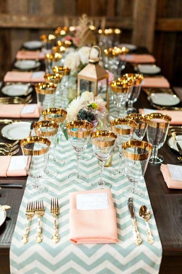 Qu copas ponemos en la mesa la cristaler a orden de for Orden de los cubiertos en la mesa
