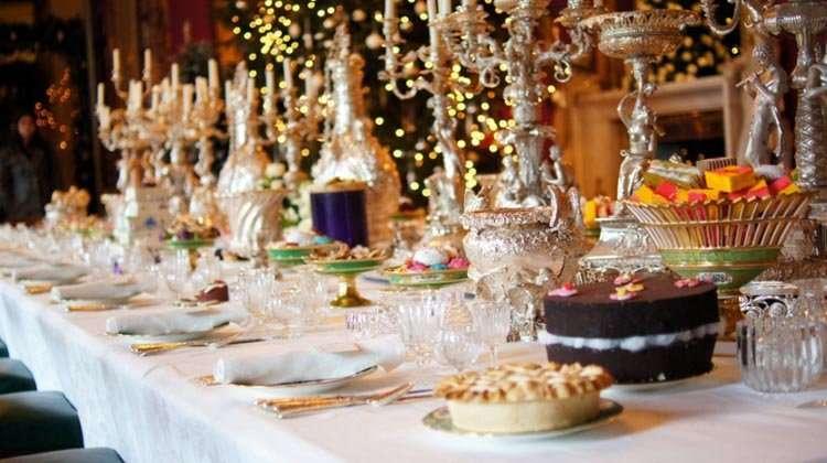 C mo montar una buena mesa para nochebuena y for Mesa de navidad elegante