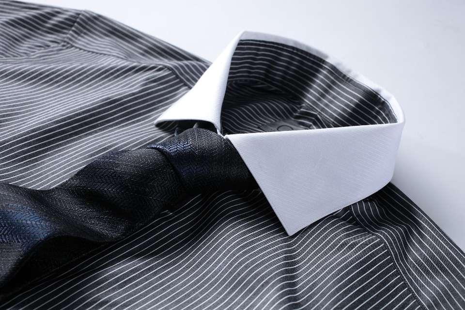 550d0fbf0fc6 Tipos de camisa y cómo utilizarla Tipos de Cuello Puños...