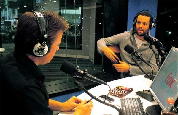Hacer Una Entrevista En Radio O En La Prensa