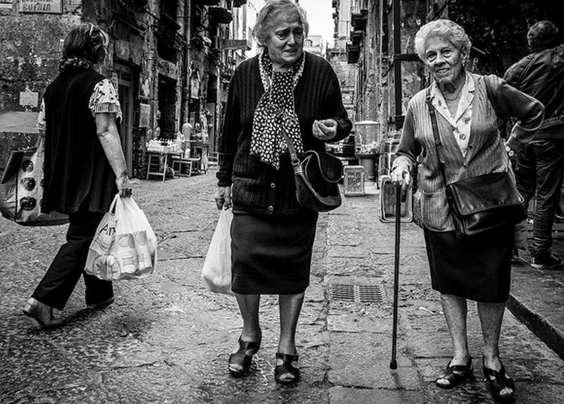 Dos simpáticas abuelitas.