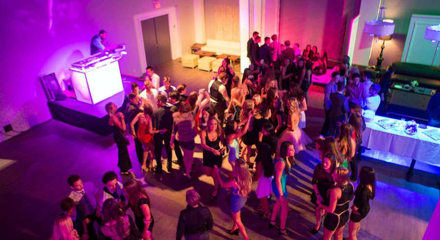 Un baile a si con su mejor amiga video de internet 02 - 4 8