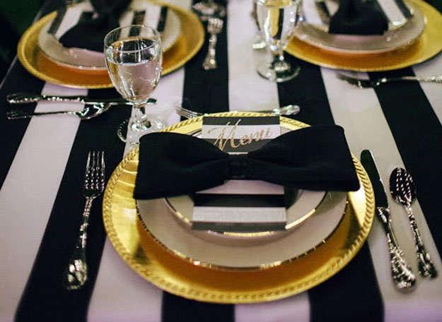 La mesa de navidad y el orden de los cubiertos for Colocacion de los cubiertos en una mesa