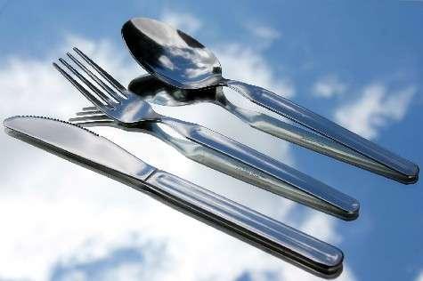 Protocolo social en la mesa poner la mesa comportarse - Protocolo cubiertos mesa ...
