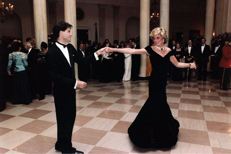 Dian Spencer - Lady Di baila con John Travolta